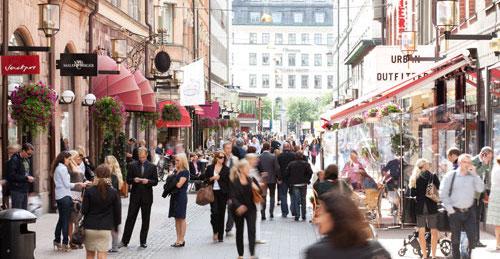 Shopping in der Stockholmer Biblioteksgatan